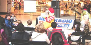 Ronald-McDonald-reading-kick-off-2008